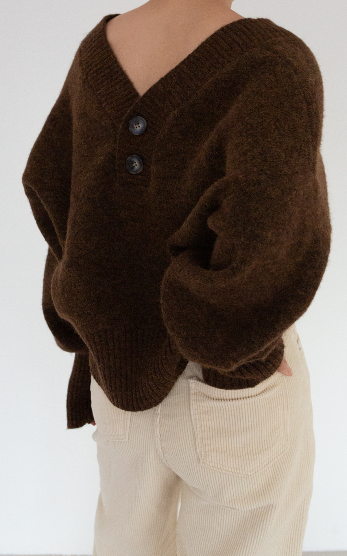 Two-Way V-Neck Knit Cardigan_Brown