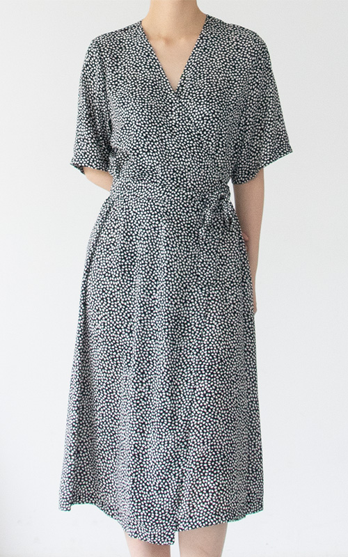 [SEASON OFF 20%] Pattern Robe Dress_2 Colors(당일 발송)