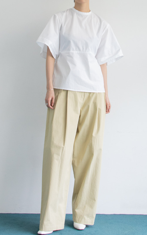 Back Point Ribbon Blouse_White